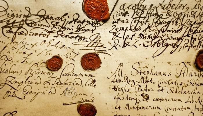 manuscrito-antigo-2985427